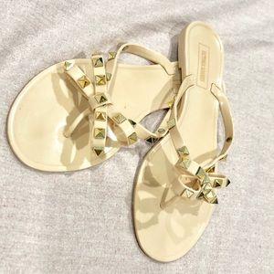 Shoes - 6/$20!!! Jelly rhinestone bow flip flops